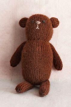 Knit Little Bear in Lion Brand Superwash Merino Cashmere - L0215AD. Discover…