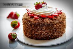 Torta a strati alle fragole con crema al cioccolato bianco - Cuore di Sedano