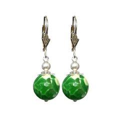 Agate Emerald Green 12mm Faceted Round, 925 Sterling Silver Lever Back Earrings- Handmade - Natural Stones - Jewelry - FREE SHIPPING de ArtGemStones en Etsy