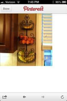 Short counter space. Idea for fruit storage