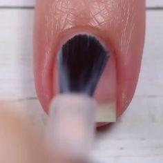 Pin on nails Beauty Hacks Nails, Nail Art Hacks, Nail Art Diy, Diy Nails, Diy Nagellack, Nagellack Design, Halloween Acrylic Nails, Best Acrylic Nails, Nail Art Designs Videos