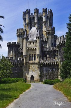Castillo de Butron in Gatika, northern Spain. Originally Middle Ages. Present appearance due to rebuilding by Francisco de Cubas (Marqués de Cubas) in 1878. Fairy-tale style inspired by Bavarian castle models, & was created as a hobby for its then owner.