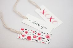 DIY cake pops and free printable tags from Kelli Murray   100 Layer Cakelet