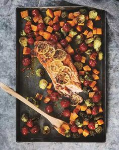 Confession: Searing a piece of fish kind of intimidates us. That's why we love this no-fuss honey-mustard sheet pan salmon from Danielle Walker's Eat What You Love: Everyday Comfort Food You Crave. Salmon Recipes, Fish Recipes, Seafood Recipes, Dinner Recipes, Entree Recipes, Low Carb Lunch, Mediterranean Diet Recipes, Honey Mustard, Steak
