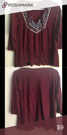 Hollister Beaded Top Very cute, and is in great condition Hollister Tops