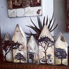 Beach houses row of houses etc Home Crafts, Diy And Crafts, Diy Décoration, Pallet Art, Driftwood Art, Miniature Houses, Little Houses, Wood Blocks, Painting On Wood