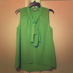Lilly Pulitzer Sleeveless Green Shirt Lilly Pulitzer sleeveless shirt that is been worn only a few times! Mint condition! Perfect summer piece to add to your wardrobe Lilly Pulitzer Tops