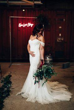 Edgy Raw Industrial Barn Wedding Ideas with Greenery & Festoon Lights fishtail mermaid wedding dresses Western Wedding Dresses, Colored Wedding Dresses, Designer Wedding Dresses, Bridal Dresses, Bardot Wedding Dress, Sheath Wedding Gown, Bardot Dress, Fishtail, Festoon Lights