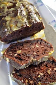 Banana bread chec cu banane si cacao (15) Easy Cake Recipes, Sweets Recipes, Baking Recipes, Dessert Drinks, Dessert Bars, Bake Blueberry Cheesecake Recipe, Delicious Desserts, Yummy Food, Bread Cake