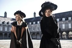 "Based on an unpublished Jane Austen novel, ""Love & Friendship"" is a delightful comedy of manners, starring Kate Beckinsale as the scheming Lady Susan Vernon. Chloe Sevigny, Kate Beckinsale, Jane Austen, Vernon, Charlize Theron, Movies To Watch, Good Movies, 2016 Movies, Films 2016"