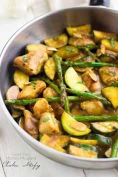 Super Easy Honey Mustard Chicken Stir Fry - Quick, healthy and perfect for a weeknight! | www.foodfaithfitness.com |  @FoodFaithFit