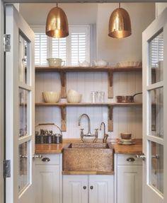 Butlers Pantry - lights + sink
