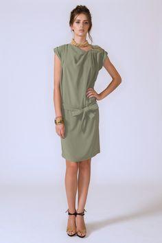 Roberta Scarpa SS 2013 #RobertaScarpa #springsummer2013 #fashion #women #dress #bowdress #bow #precious #preciousdetail