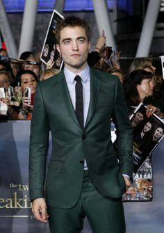 "Cast member Robert Pattinson poses at the premiere of ""The Twilight Saga: Breaking Dawn - Part 2"" in Los Angeles, California, November 12, 2012."