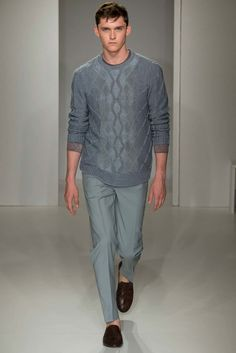 See the complete Pringle of Scotland Spring 2016 Menswear collection.