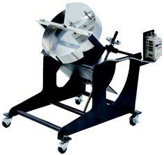 「小型パン型造粒機」 転動造粒方式による造粒品の製造に最適です。