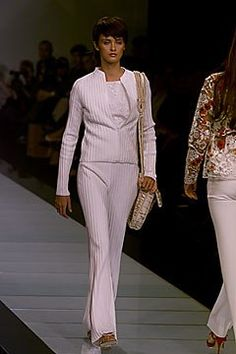 Valentino Spring 2000 Ready-to-Wear Fashion Show - Valentino Garavani, Trish Goff