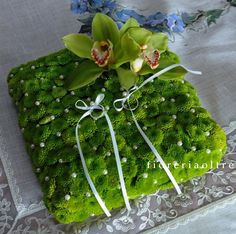 Fioreria Oltre/ Floral ring bearer pillow/ Green button mums, cymbidium orchids