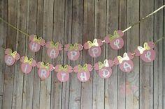 Banner de cumpleaños de Minnie Mouse rosa y oro cumpleaños de