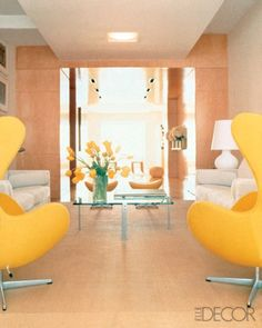 Here are 10 photos featuring 13 Egg chairs by Arne Jacobsen. Pair of vintage Arne Jacobsen Egg chairs . 1970s Living Room, Living Room Modern, Living Rooms, Cheap Adirondack Chairs, New York City Apartment, Egg Chair, Danish Design, Elle Decor, Chair Design