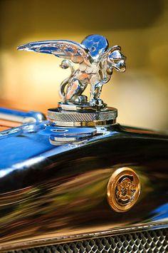 1929 Gardner Series 120 Eight-in-Line Roadster Hood Ornament by Jill Reger