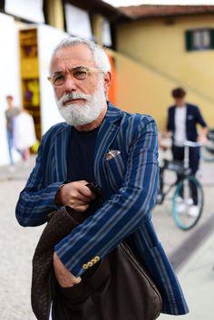 The 75 Best Street Style Looks from Pitti Uomo 90 | Sharp Magazine