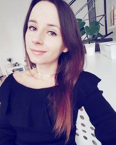 Na cześć  Kto już widział nowy tutorial na YT?  link w bio . . . #hello #itsme #me #selfie #selfietime #atwork #hairstylist #blogger #girl #polishgirl #girlsofig #brunette #longhairdontcare #portrait #photo #hotd #ootd #style #hairstyle #fashion #inspiration #hairartist #ja #dziewczyna #blogerka #wpracy #hairbyjul