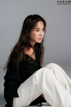 Uhm Jung Hwa, Self Portrait Photography, Love Her Style, Bell Sleeve Top, Goddesses, Divas, Sisters, Swag, Women