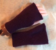 B21 cashmere fingerless glove purple  eggplant purple for Easter hand sewn by mcleodhandcraftgifts,