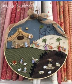 Manualidad Navidad Christmas Rock, Christmas Nativity, Christmas Crafts, Christmas Decorations, Xmas, Christmas Ornaments, Holiday Decor, Christmas Patchwork, Christmas Embroidery