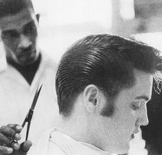 Belated bday to The King. 'It pays to look your best' and Elvis was a living…