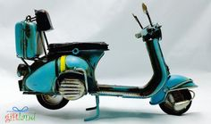 Etsy の Vintage turquoise scooter vespa miniature by GiftlandDeco