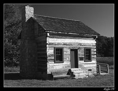 Old house in Black and white | Photography Forum