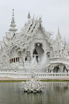 Wat Rong Khun ( #white #temple), Chiang Rai, #Thailand