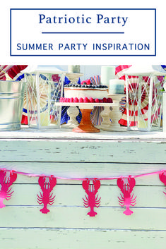 Host a fun backyard Seafood Bake with a Patriotic Flair with inspiration from Everyday Party Magazine #LobsterBake #NewEngland #SeafoodBake #PatrioticParty
