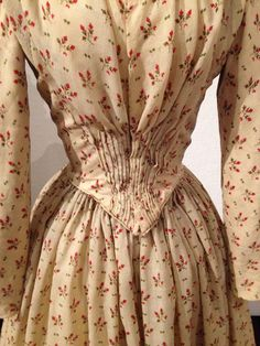 Wedding dress, 1847. Made by hand, probably by the bride-to-be, from Maine. Collection @dyerlibrarysaco