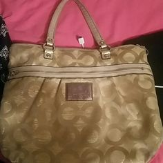 Coach purse Poppy line , brown interior , good condition few stains Coach Other