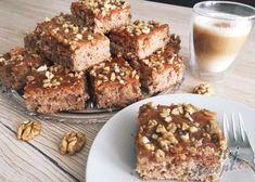Řecké řezy s medem a ořechy | NejRecept.cz Finger Foods, Banana Bread, Cereal, Deserts, Muffin, Food And Drink, Sweets, Breakfast, Fitness