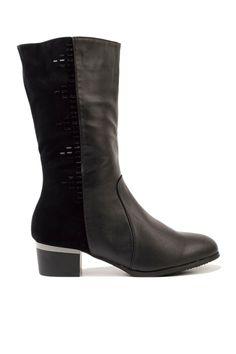 cizme dama cu toc mic pret cizme dama cu toc mic ieftine Cauta acum Cizme dama cu toc mic negre ieftine si de firma din magazinele online de haine! Riding Boots, Chelsea Boots, Booty, Adidas, Ankle, Shoes, Fashion, Horse Riding Boots, Moda