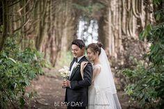 Joo Jin Mo, Couple Photos, Couples, Wedding Dresses, Couple Shots, Bride Dresses, Bridal Gowns, Couple Photography