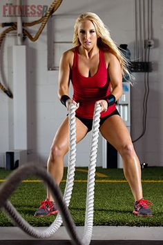 Battle Ropes: New Craze In Town, Combination Of Cardio And Respiratory Workout Perfect For Fitness Buffs Battle Rope Workout, Rope Exercises, Battle Ropes, Sweat It Out, Fitness Photography, Hiit, Cardio Workouts, Workout Routines, Kettlebell