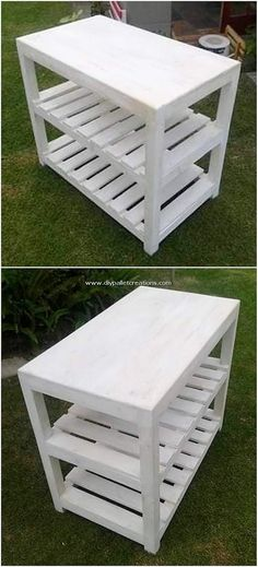 This is genuinely a terrific piece of the wooden pallet! This wood pallet design is providing out with the get entry to of the shelving table that is set with the styling of the wood work. Such designs are mainly used for ornament functions in the houses. Pallet Garden Benches, Pallet Chair, Pallet Tables, Pallet Wall Shelves, Wood Shelves, Recycled Pallets, Wooden Pallets, Diy Pallet Projects, Pallet Ideas