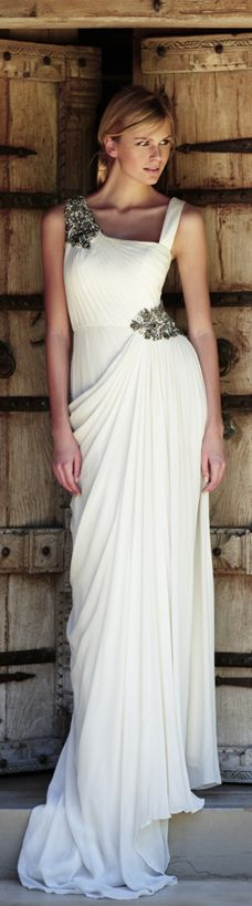 Greek Revival ~ Amanda Wakeley