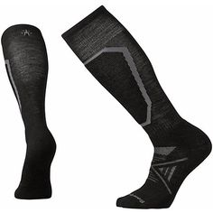 The 10 Best Snowboard Socks for Men 2020 - Mountain Weekly News - Men's style, accessories, mens fashion trends 2020 Wigwam Socks, How To Make Socks, Ankle Joint, Ski Socks, Snowboarding Men, Winter Outfits Men, Mens Fashion, Fashion Trends, Skiing