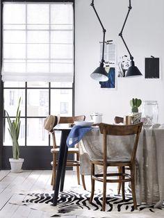 Kök Hissgardin #elloshome #zebramatta #lampa #stolar #hissgardin #kök