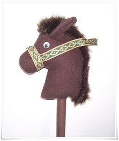 RECREAR - MANUALIDADES - ARTE: Caballito de tela con palo de madera para niños .Caballo de tela. Vienen los moldes.