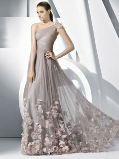 A-line/Princess Pleats Tule Een Schouder Hand-made Flower Floor-length Jurkje