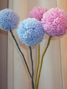 Pompom flowers Creativity, Knitting, Crochet, Flowers, How To Make, Etsy, Tricot, Breien, Crochet Crop Top
