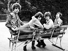 Pink Floyd in bench