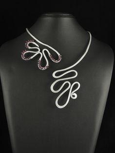 Aluminium necklace with swarowski